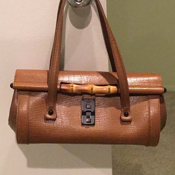 Gucci Handbags - 2001 Gucci leather handbag from Italy